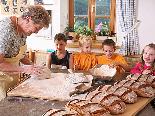 Bread- making in the Lesach Valley